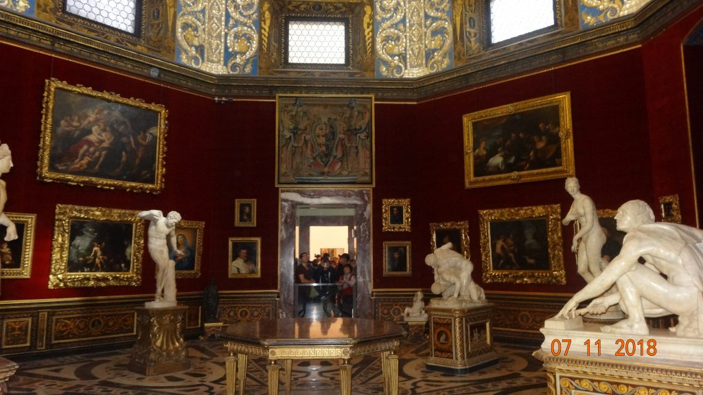 Get priority access to see the he beautiful Uffizi Gallery with your Firenze Card.