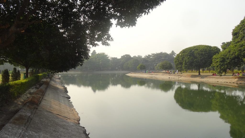 Kolkata City Tour Beautiful view across the Victoria Memorial Gardens