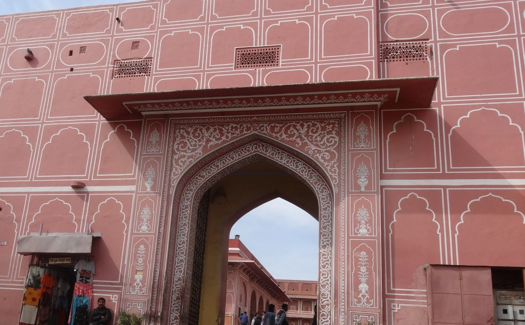 Gateway to the City Palace in Jaipur Jaipur Sightseeing Tour
