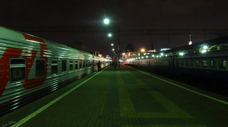 Boarding the Moscow to Beijing train at Moscow Yaroslavsky station just before midnight