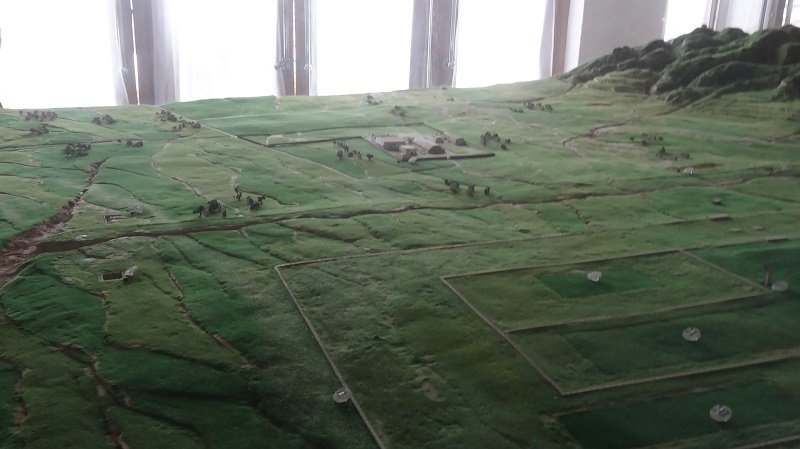 A model in the museum showing the countryside where the warriors were discovered