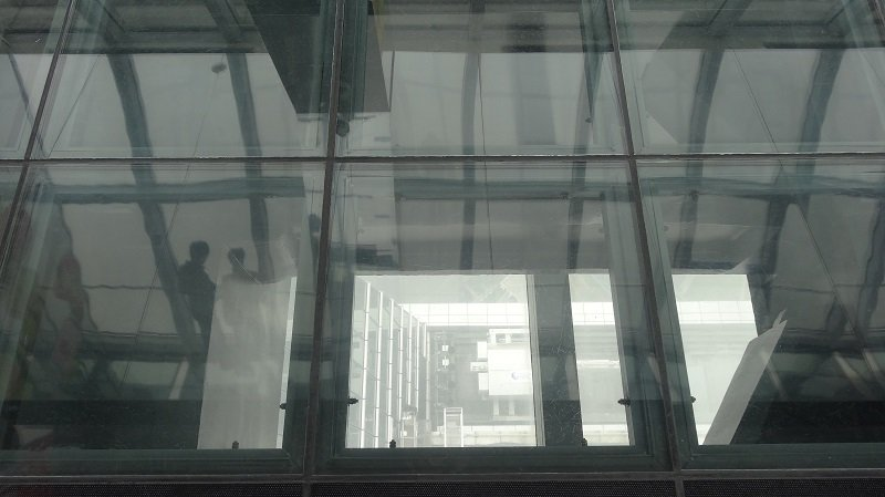 Glass panels allow you to see straight down from the viewing platform