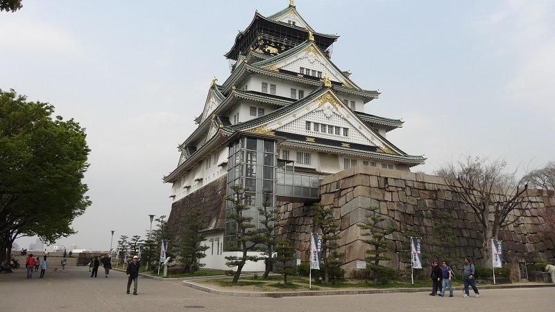 A Highlight of the Osaka 2 Day Itinerary is the castle