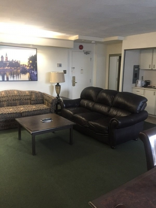 The Business Inn Lounge Area