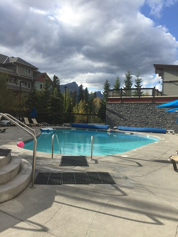 Lodges at Canmore Pool